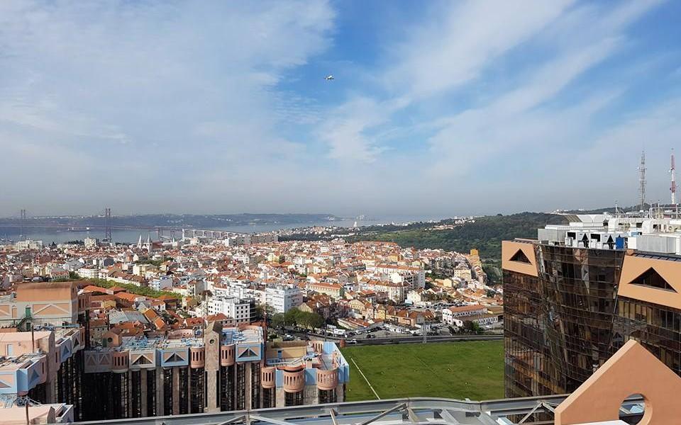 5553647ba8e Lisboa sob um olhar novo - The Gentleman
